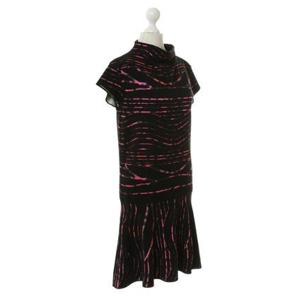 Kenzo Schwarzes Kleid mit buntem Muster