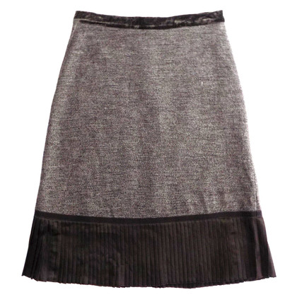Max Mara Pleated skirt with velvet detail