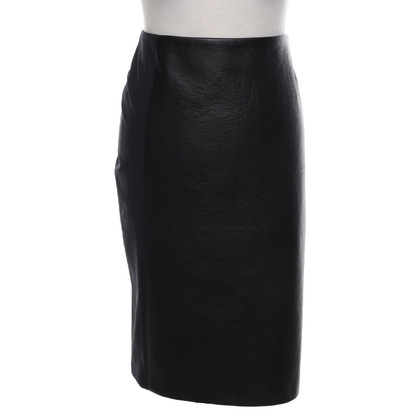 Hugo Boss skirt with black trim