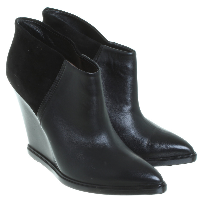 bally schwarze ankle boots second hand bally schwarze. Black Bedroom Furniture Sets. Home Design Ideas