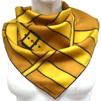 Burberry Silk cloth with belt pattern