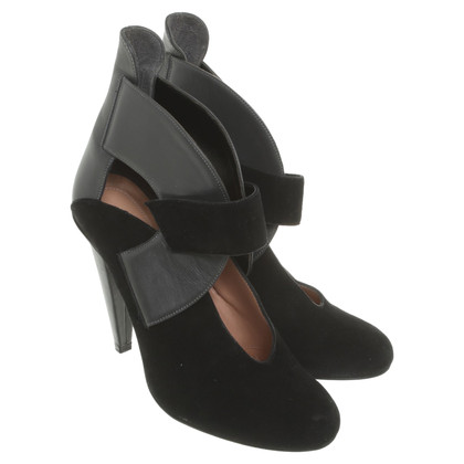 Roland Mouret pumps in zwart