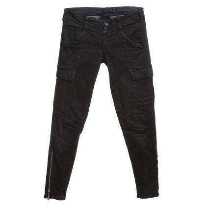 J Brand Pantaloni in Black