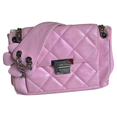 b70054802f8f Chanel Handbag Leather in Pink. Chanel. Handbag Leather in Pink. onesize.  €880 · New In. Chanel Classic Flap Bag Leather in Black