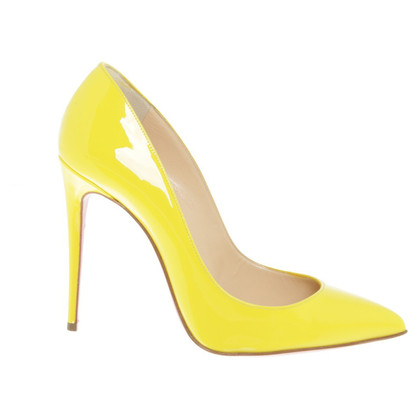 Christian Louboutin pumps jaune