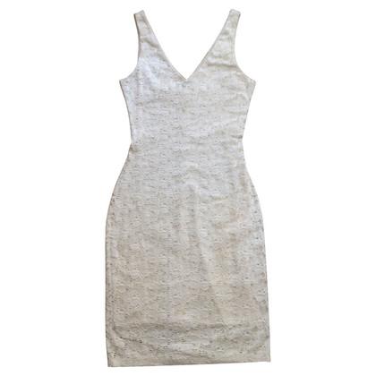 Velvet Kleid aus Spitze
