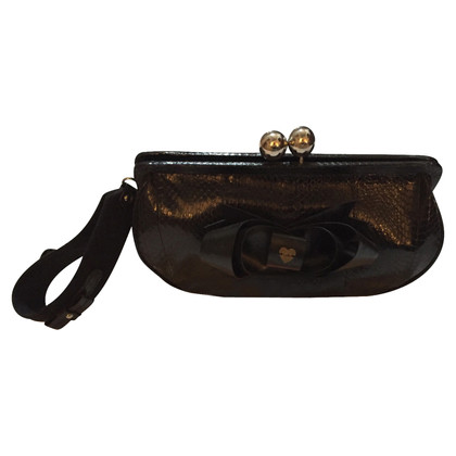 Luella clutch in black