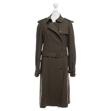 Burberry Coat in the military look