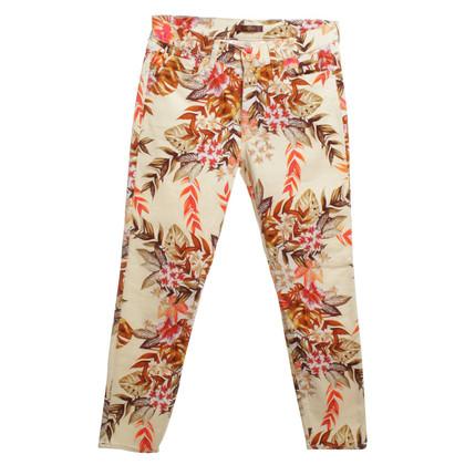 7 For All Mankind Cremefarbene Jeanshose mit Blumenprint