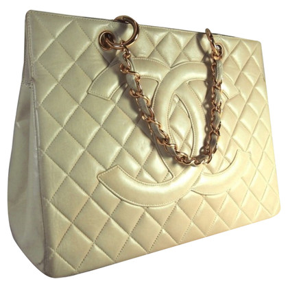 Chanel Gli amanti dello shopping con logo CC