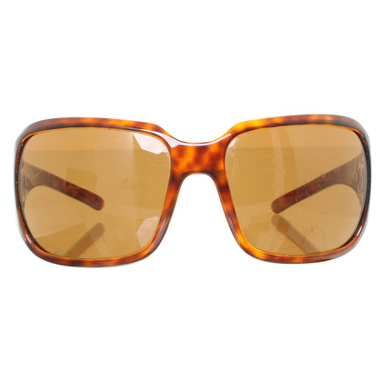 Chanel Sunglasses in tortoise shell finish