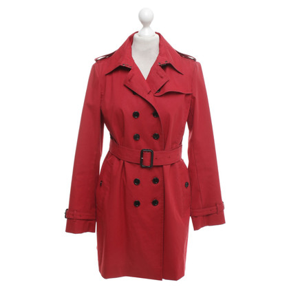 Burberry Trench coat in red