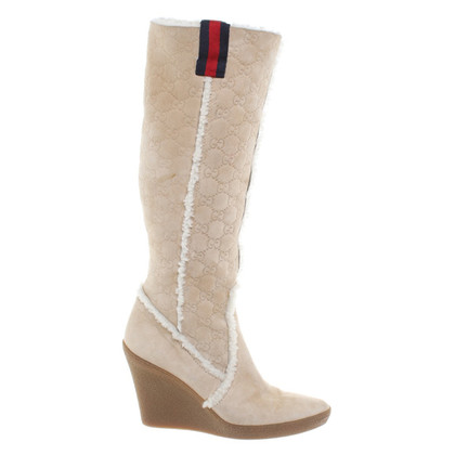 Gucci Suede boots in beige