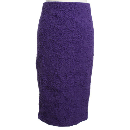 Badgley Mischka skirt in violet