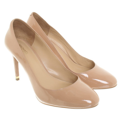 Michael Kors Patent Leather pumps in Nude