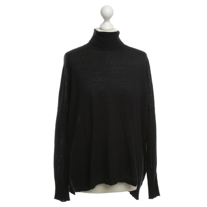 Dear Cashmere Turtleneck Sweater in black