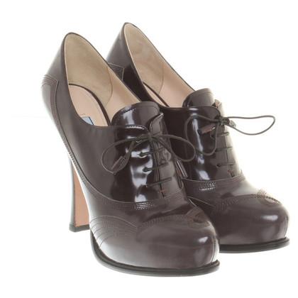 Prada pumps in leather