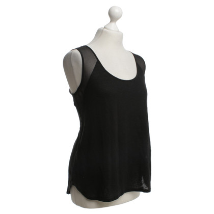 Sandro top in black