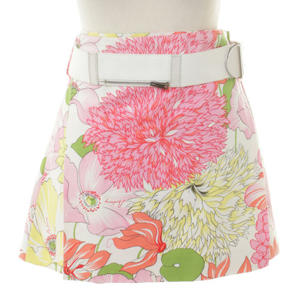 Burberry skirt with floral print and belt