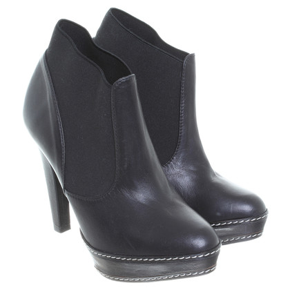 Paco Gil Plateau ankle boots in black