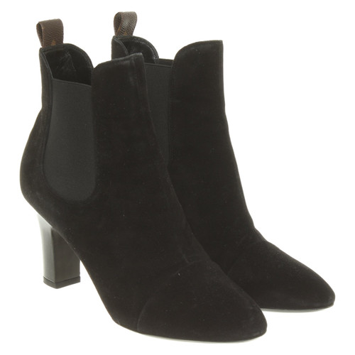 f5d82f0b9232 Louis Vuitton Ankle boots Suede in Black - Second Hand Louis Vuitton ...
