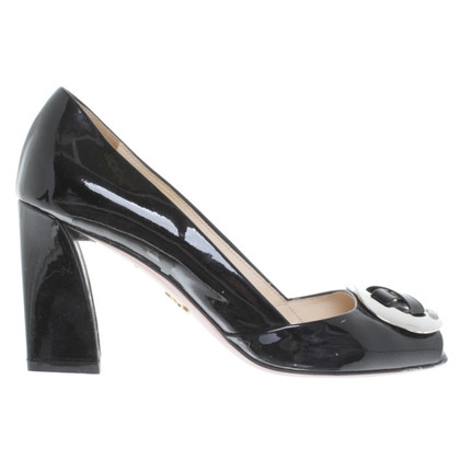 Prada Patent leather pumps in black