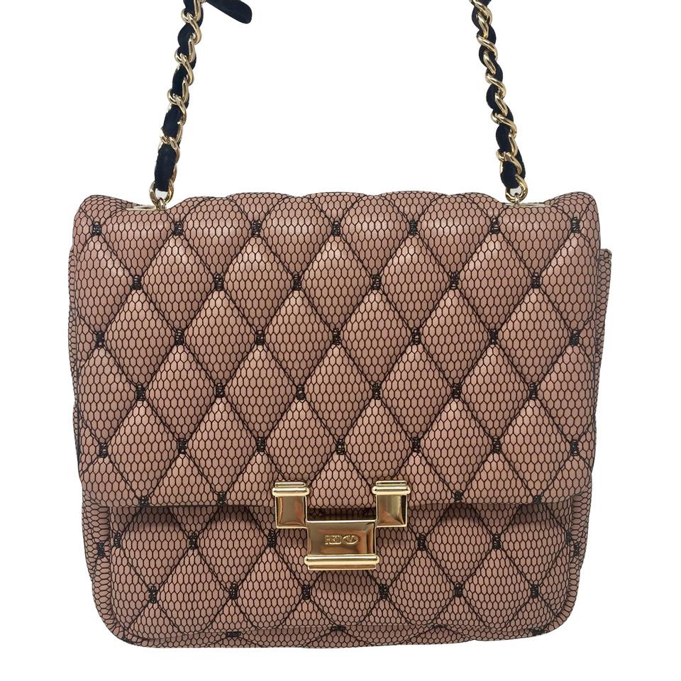 valentino handtasche second hand valentino handtasche gebraucht kaufen f r 650 00 1533866. Black Bedroom Furniture Sets. Home Design Ideas