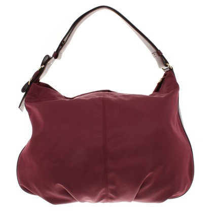 Salvatore Ferragamo Handbag in Bordeaux