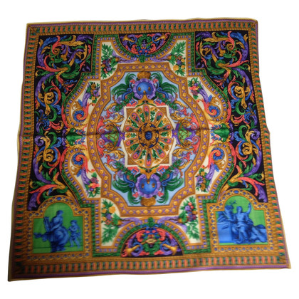 Gianni Versace Woolen cloth with pattern