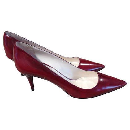 Prada pumps in kersen