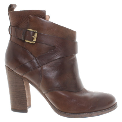Belle by Sigerson Morrison Ankle boots in brown