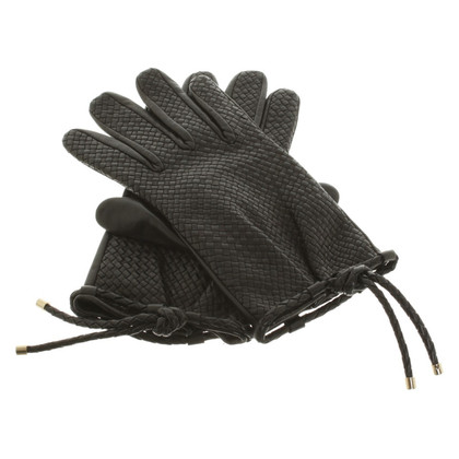 Burberry Gloves in black