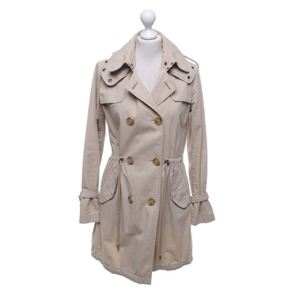 Moncler Trench in beige