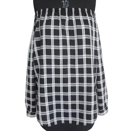 Rag & Bone Off-shoulder blouse in black and white