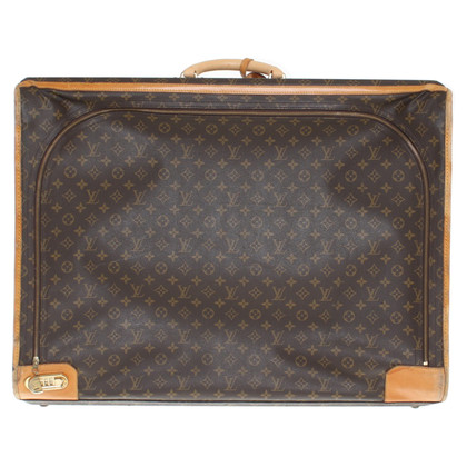 Louis Vuitton Travel case made of monogram canvas