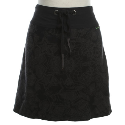 Marc Cain skirt with graphic patterns