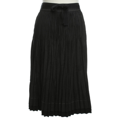 Strenesse Blue Pleated skirt in black