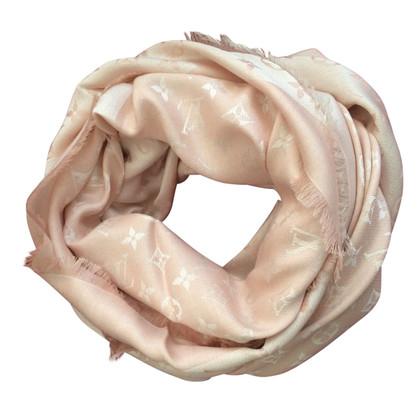 Louis Vuitton Monogram scarf in pink