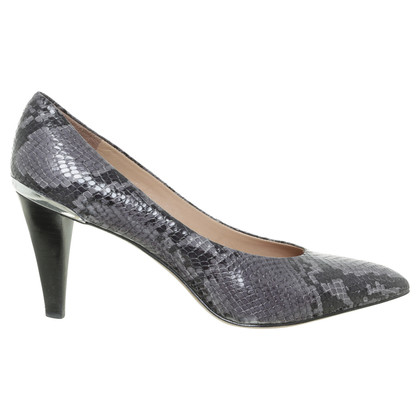 Hugo Boss pumps in reptiel afwerking