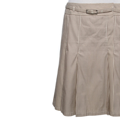 Karen Millen Pleated skirt with stripes pattern
