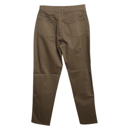 "Closed Hose ""Pedal Pusher"" in Khaki"