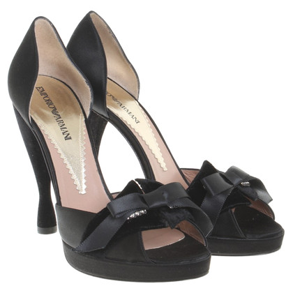 Armani Peep-toes in black
