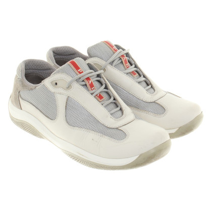 Prada Sneakers in Beige/Grau