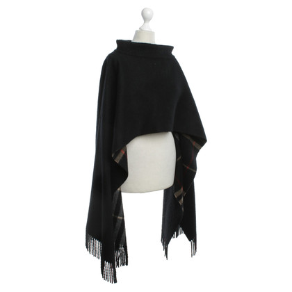 Burberry Black poncho made from cashmere