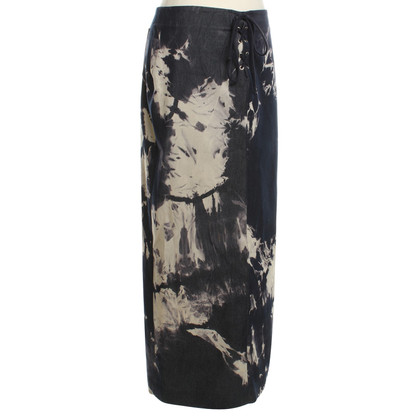 Céline Long skirt with batik pattern