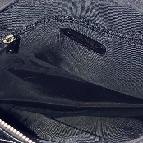Chanel Schultertasche in Schwarz Schwarz Preiswerte Neue Freiheit In Deutschland Strapazierfähiges Austrittsstellen Online p9Zj1