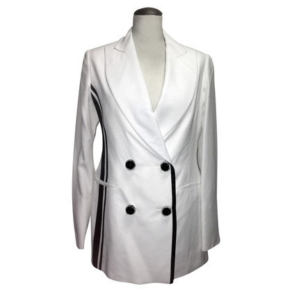 Ferre Suit in black and white