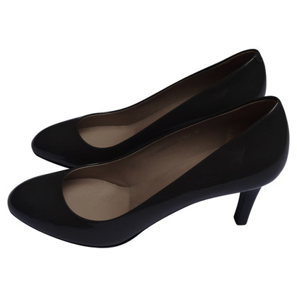 Hugo Boss pumps in patent leather, Dark Gray