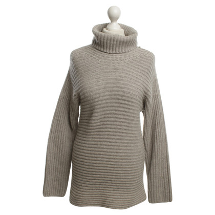 Loro Piana Cashmere sweaters in gray