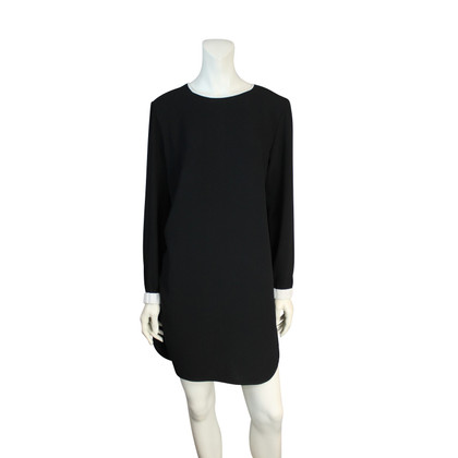 Marc Cain Zwarte jurk witte boord